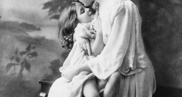 vintage mother and child photo