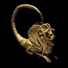 Griffin gold earring